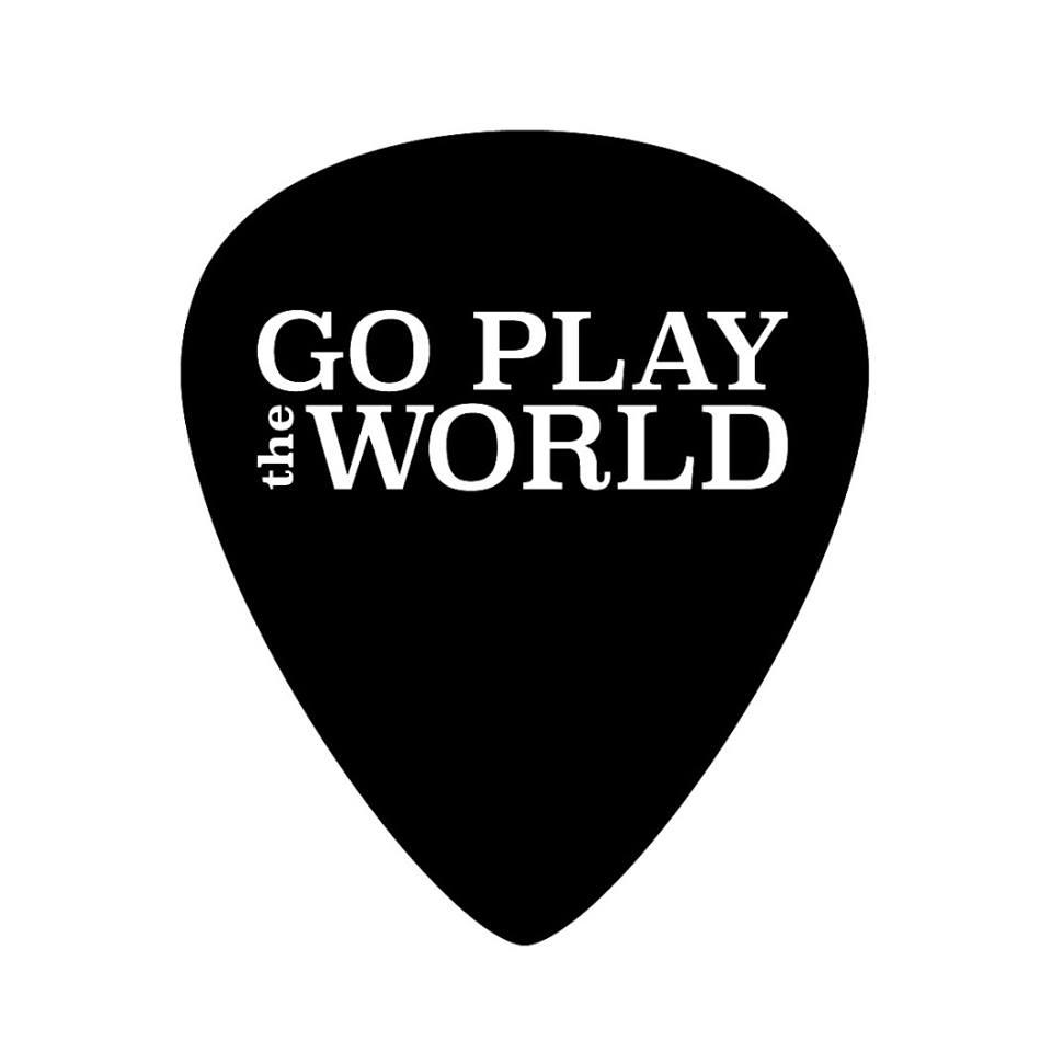 r - Go Play The World